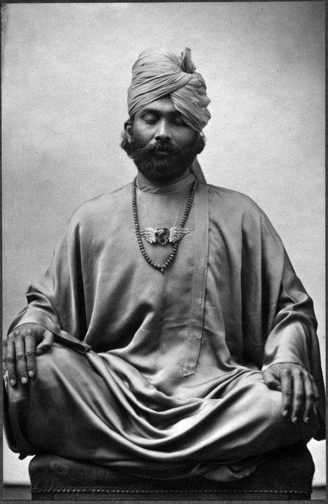 Hazrat Inayat Khan w 1914 roku