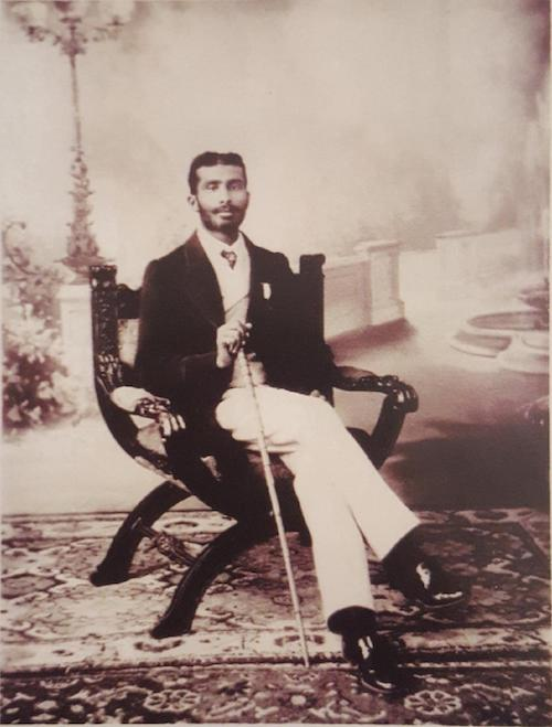 Prof. Inayat Khan Rahmat Khan Pathan ok. 1903