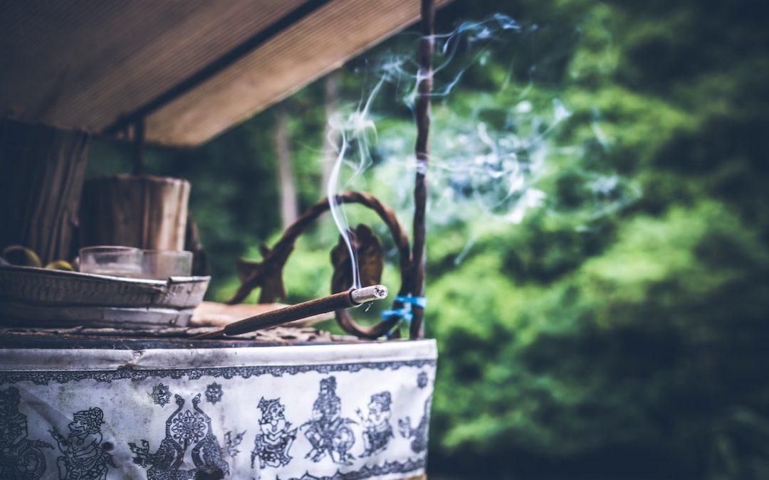 Wewnętrzna alchemia: mudry i bandhy
